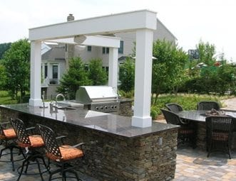 l-shaped-outdoor-kitchen-chapel-valley-landscape-company_1959